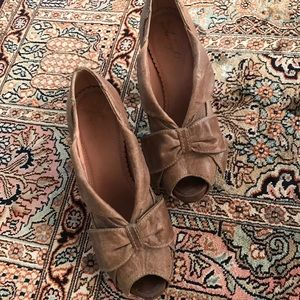 Genuine leather upper Miss Albright bow shoes